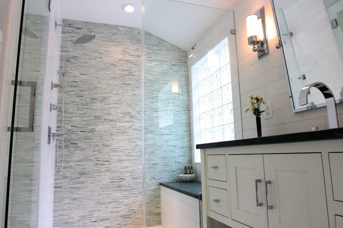 Arlington Bathroom Remodel - Hambleton Construction (2)