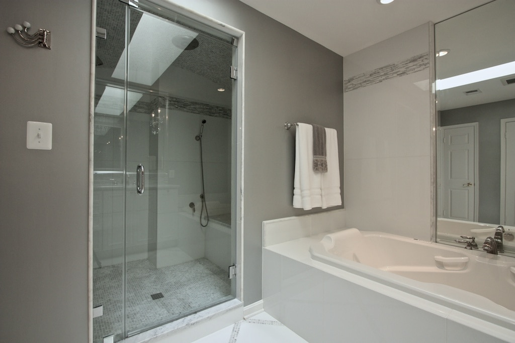 Cadden Bathroom - Hambleton Construction (4)
