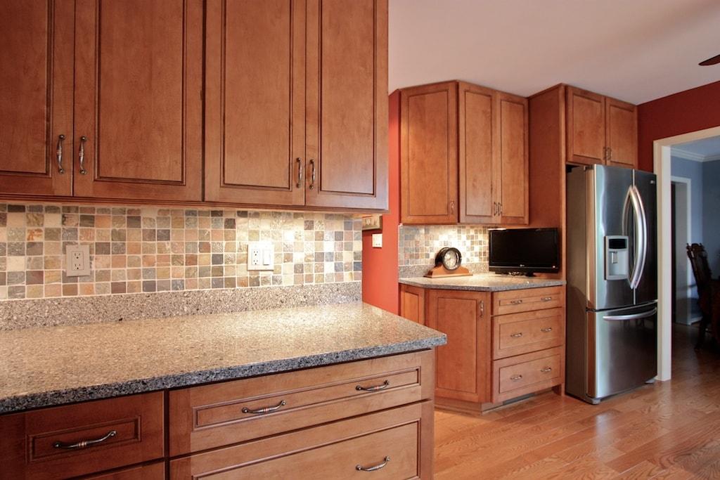 Delvaux Kitchen - Hambleton Construction (3)