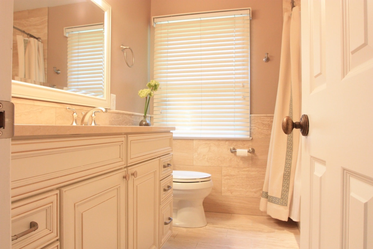 McLean Bathroom Remodel - Hambleton Construction (1)