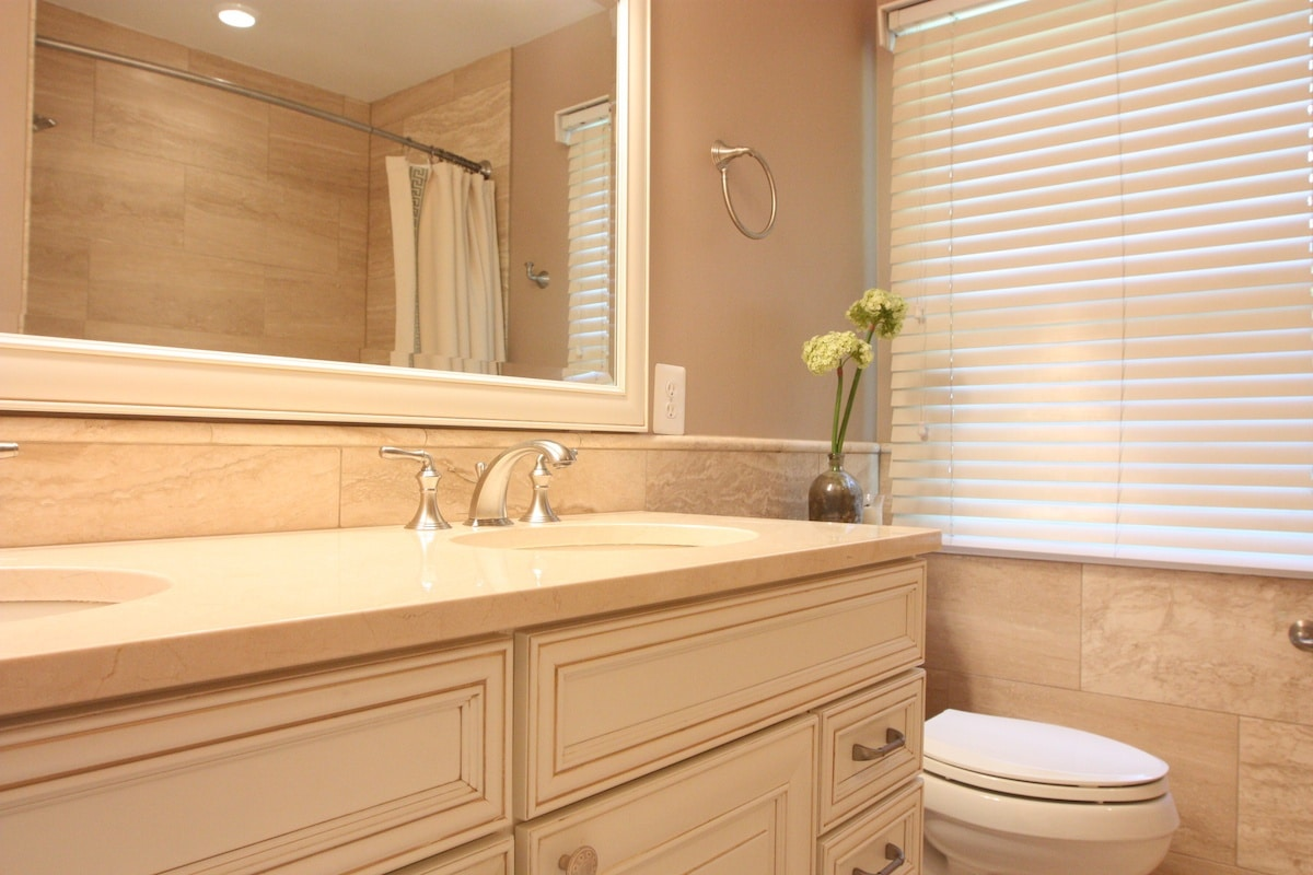 McLean Bathroom Remodel - Hambleton Construction (5)