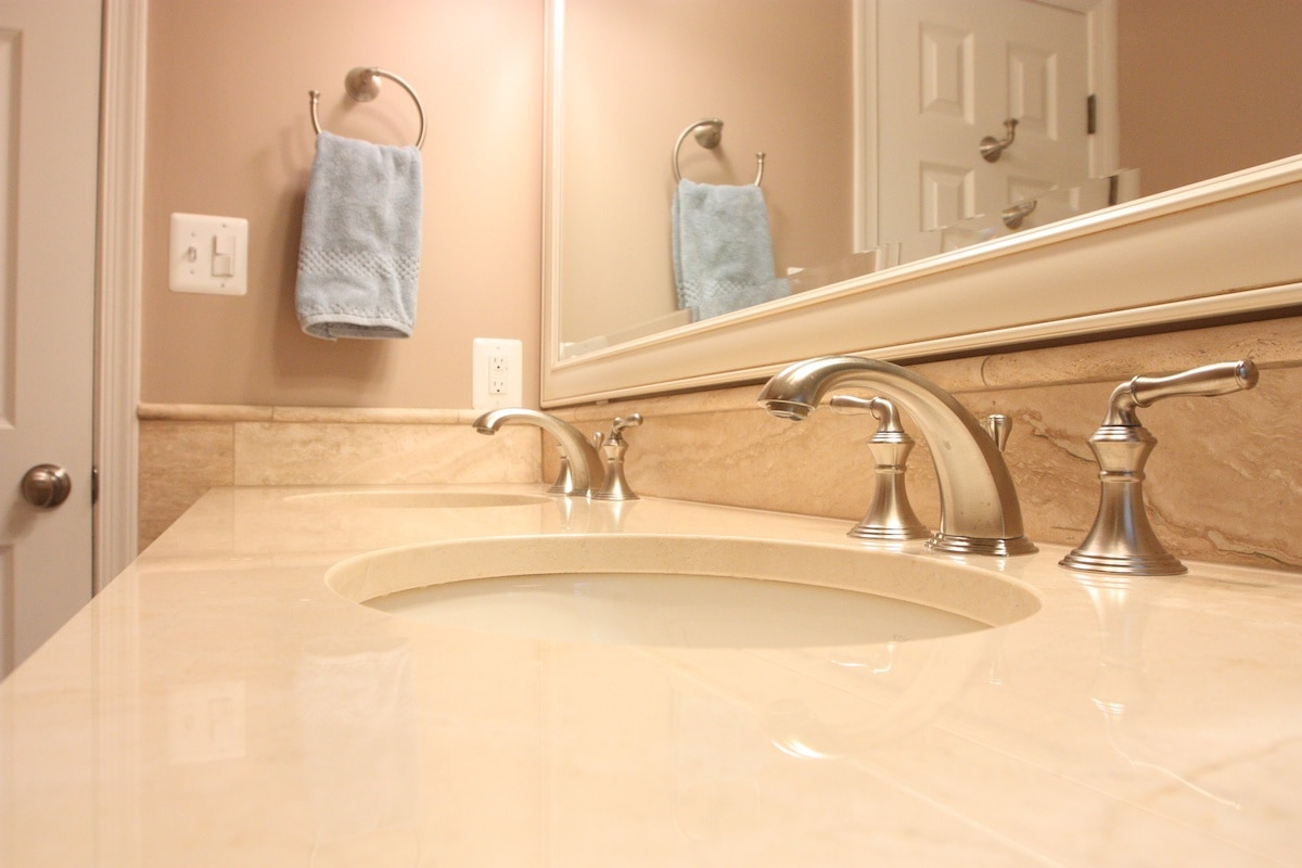 McLean Bathroom Remodel - Hambleton Construction (6)