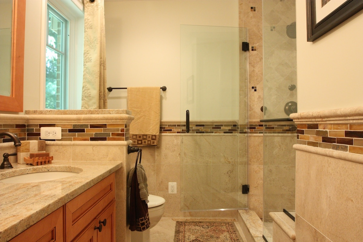 Tucker Master Bathroom - Hambleton Construction (5)