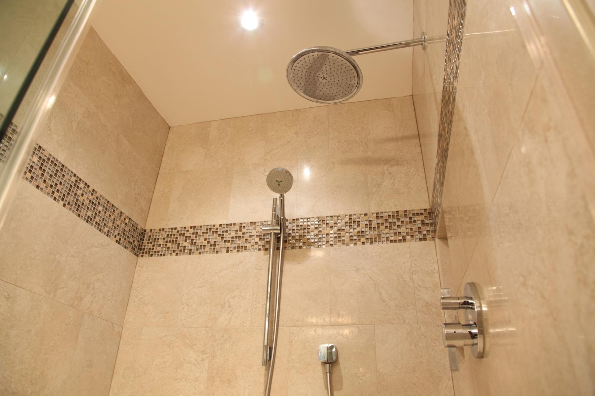 Wiseman Bathrooms - Hambleton Construction (14)